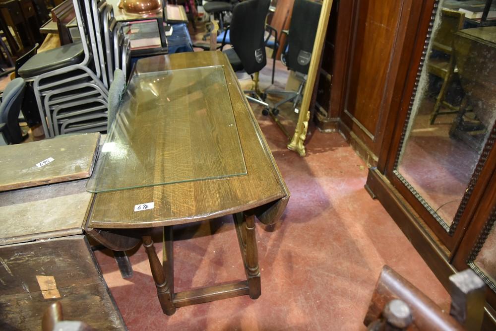 695.Distressed Mah Drop Leaf Table.